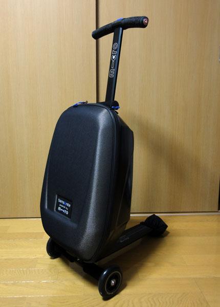 5385914680 Begin2月号で見てからずっと欲しかった、サムソナイトのマイクロラゲッジ(定価33600円)。 スーツケースの一流メーカー・サムソナイトと世界で初めてスクーターを発売  ...